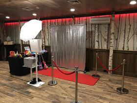 Pic Perfect Photo Booths offers Uplighting & Monograms
