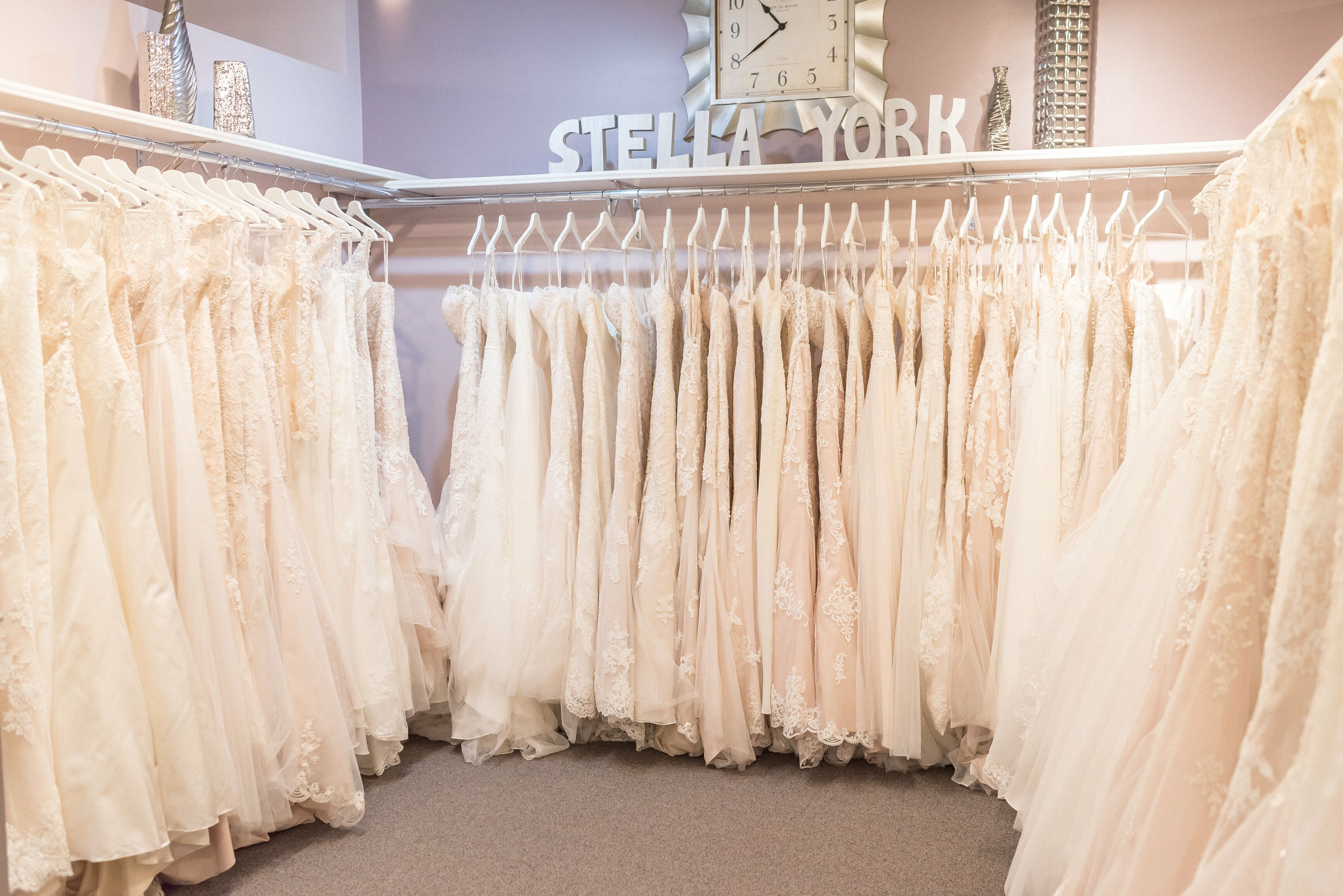 Raffine Bridal Bridal Salons Woodbury Mn
