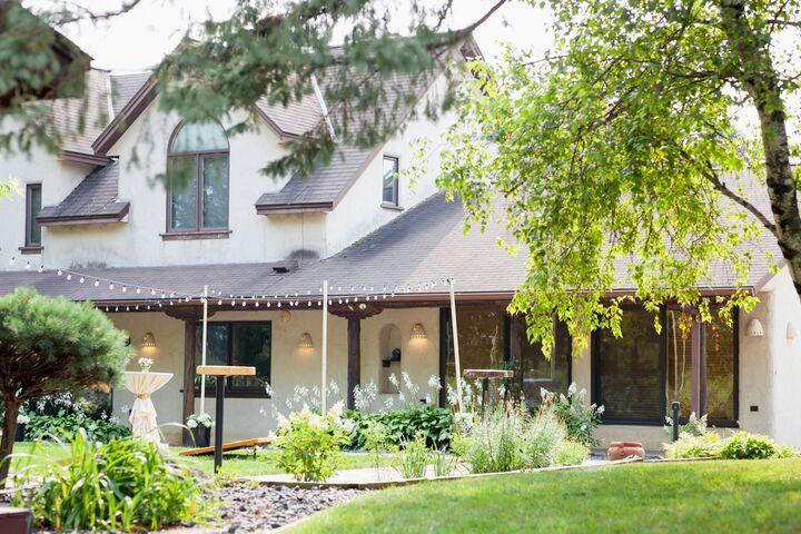 Golden Oak Farm | Reception Venues - Webster, MN