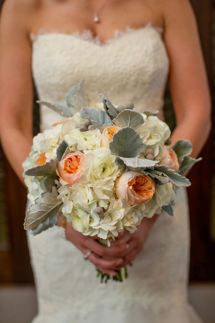 Michelle carried a bouquet filled with hydrangea and garden roses created by Flourish Event Design.