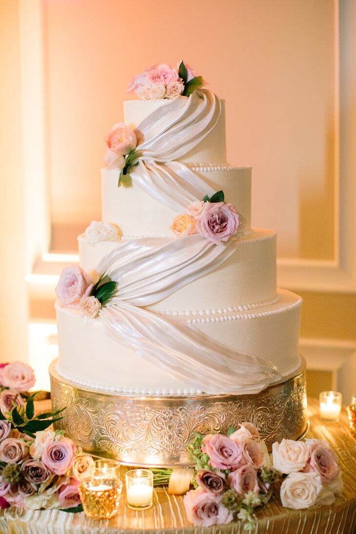 Traditional White Buttercream Cake with Fresh Flowers