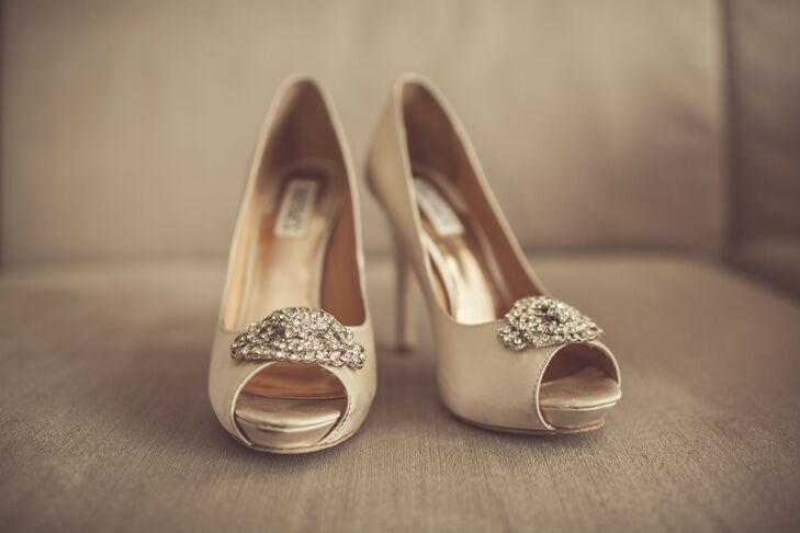 Anne-Maly's glamorous heels had a large diamond accent on the top.