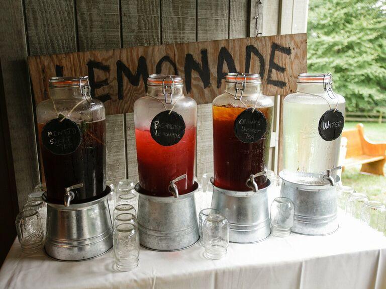 wedding drink ideas lemonade stand