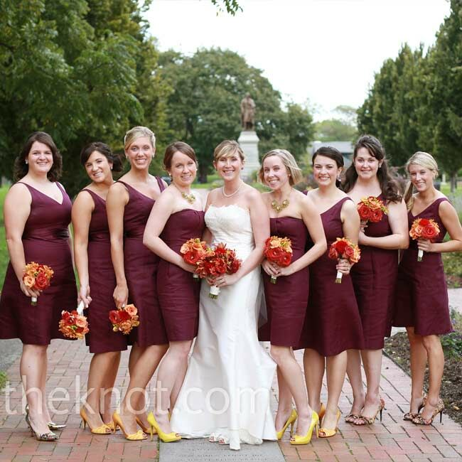 Aimee Dressed Her Maids In Knee Length Ed Wine Colored Dresses And Finished Their
