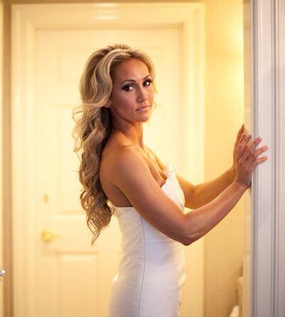 Tiffany Joy Designs on-location bridal hair specialist