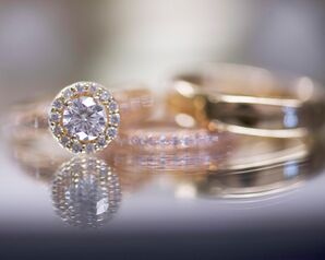 Round-Cut Diamond Engagement Ring with Halo, Gold Band