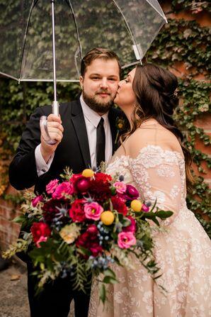 Rainy Wedding Portraits at Toledo Country Club in Ohio