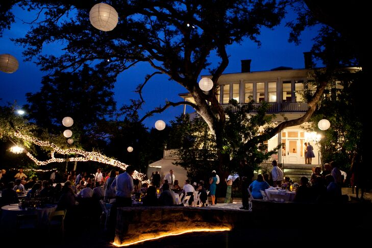 The Allan House ambiance reception lighting was romantic and bright even after the sun set in Austin, Texas, allowing the party to continue into the night.