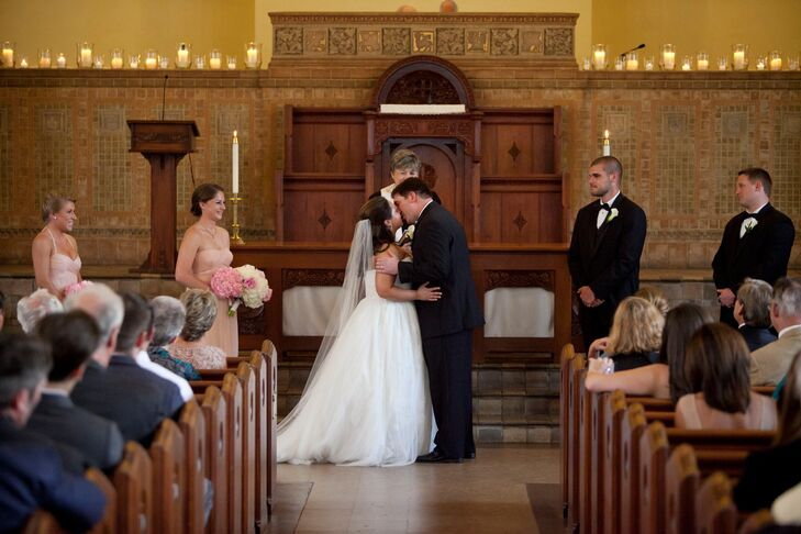 Kate and Frank shared their first kiss as husband and wife in the elegant Central Christian Church of Austin, Texas.