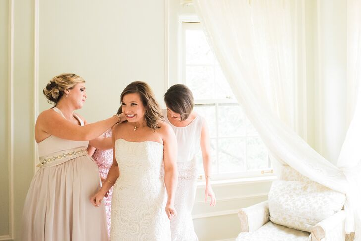 Kassie's bridesmaids helped her with the final touches before showtime.