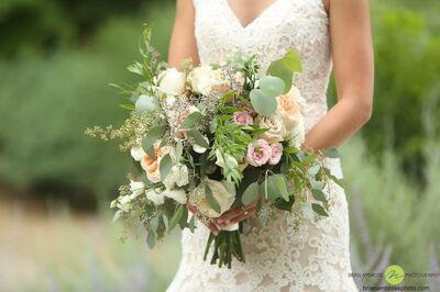 Confetti, LLC | Exquisite Floral and Event Decor