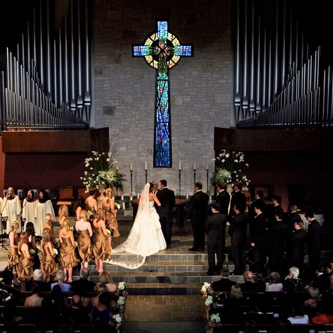 Andrea and Matt exchanged traditional vows in their wedding ceremony, which also included songs performed by a group of nine Austin singers and musicians. The selections included Seasons of Love from the musical Rent, in honor of the bride's background in theater.