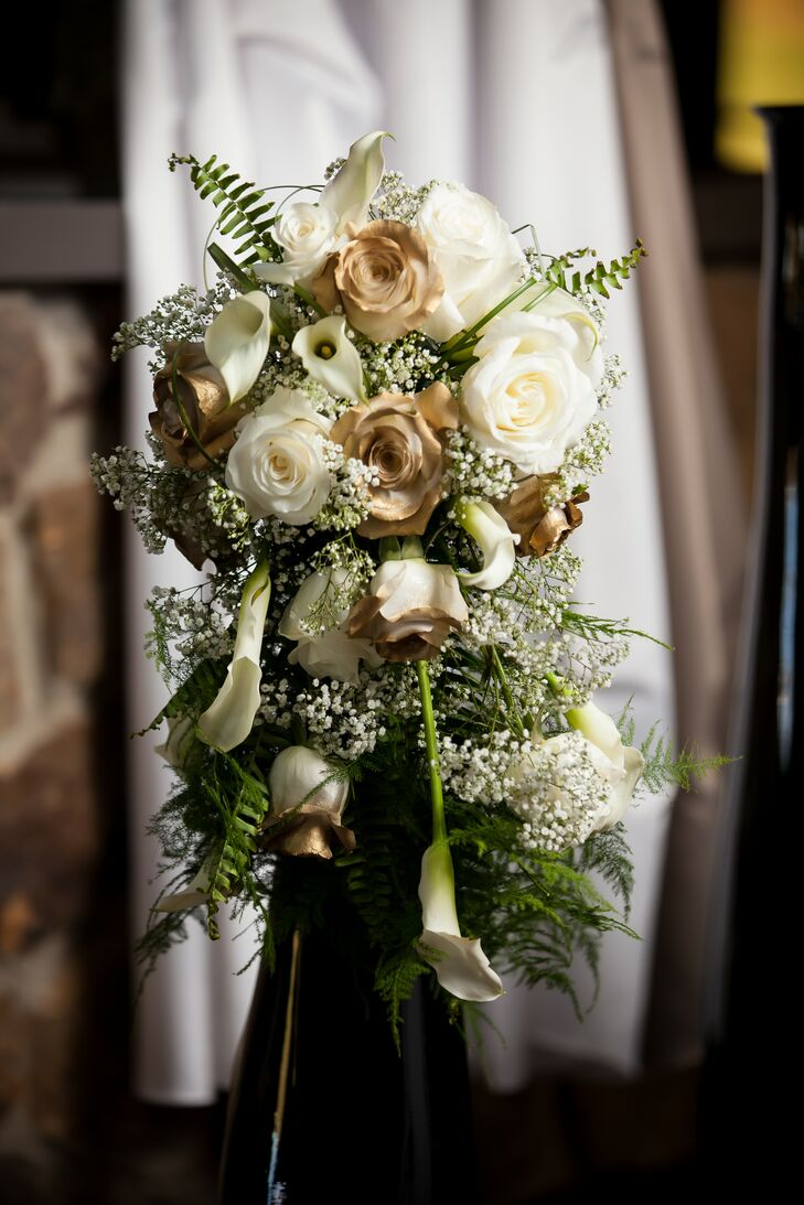 Gold And Ivory Bouquet With Green Accents