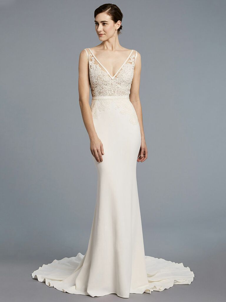 1b078d3c06c1 Anne Barge Spring 2018 v-neck embroidered bodice with a bow on the back