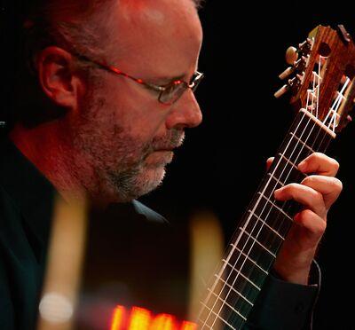 Kirk Hanser, guitarist