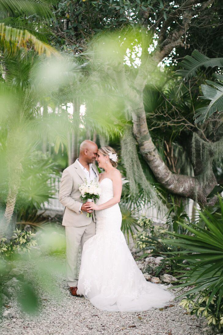 1781a4ffa2 Glam Indian Beach Wedding in Key West, Florida