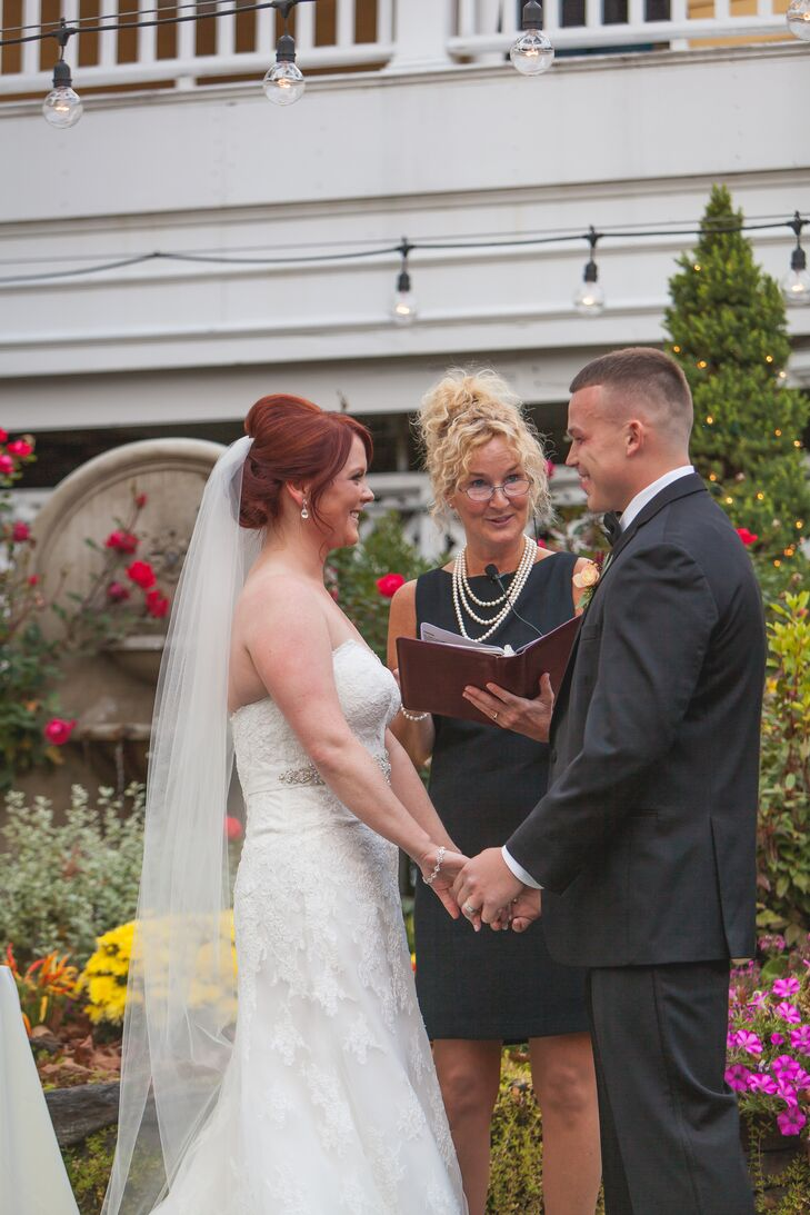 Intimate Outdoor Ceremony At Bedford Village Inn