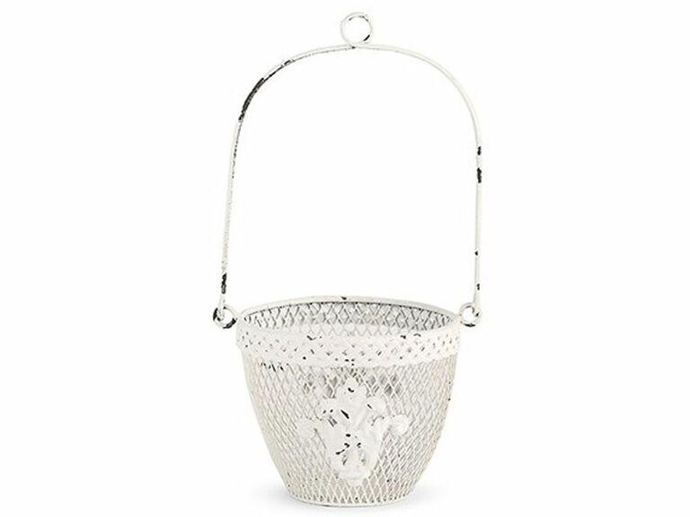 31 Adorable Flower Girl Baskets