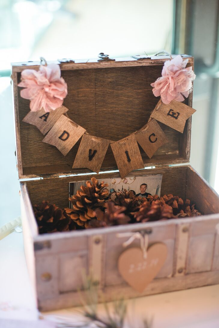 Pinecone Rustic Wooden Advice Box