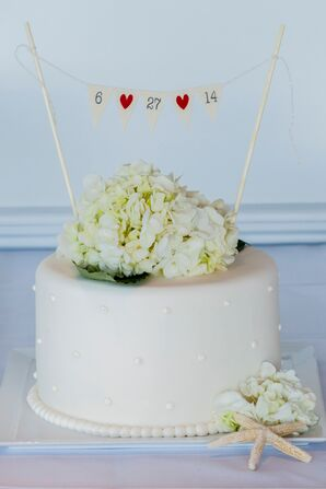 One Tiered Wedding Cake with White Hydrangea Cake Topper