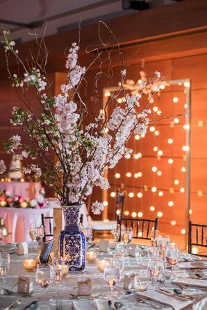 Wedding Tablescape at Kimmel Center for the Performing Arts in Philadelphia, Pennsylvania