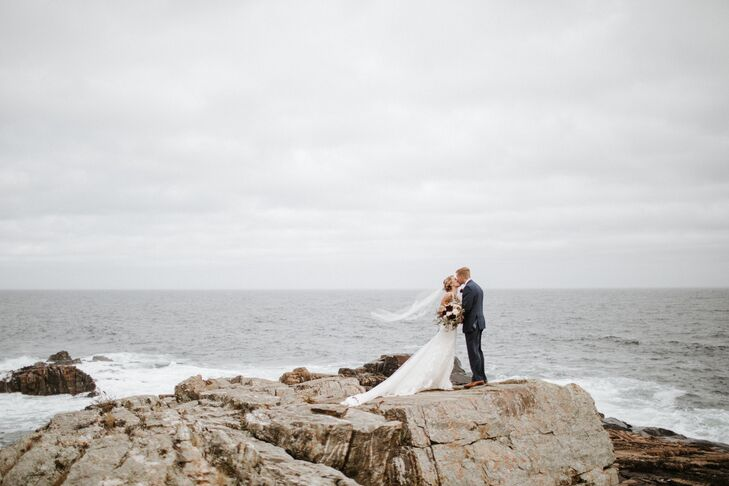 Ally Canario and Charlie Denault's seaside wedding was a modern, romantic affair that paid tribute to the fall season and Maine's coastal elegance.<br