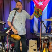 Chicago, IL Latin Band | ONE MAN BAND CHICAGO Cuban Cespedes