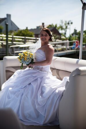 Pontoon Boat Bridal Transportation
