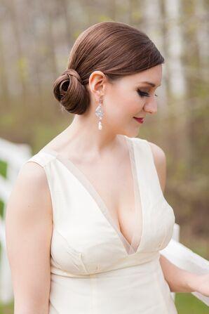 Low Cut Vera Wang Wedding Dress