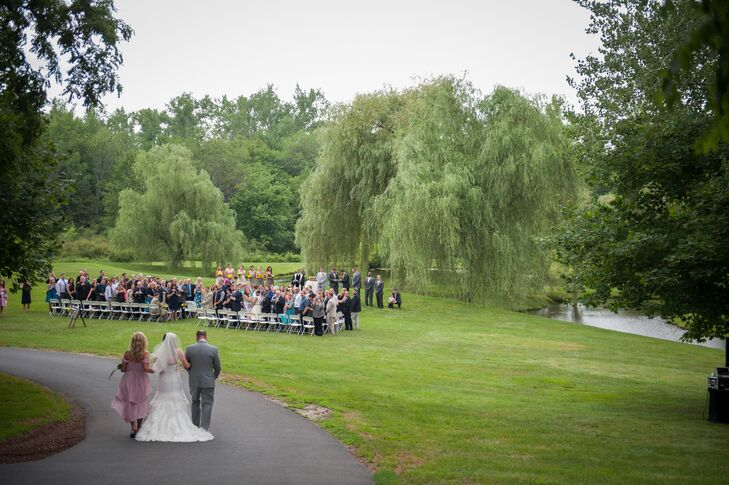Wanting a venue that was a little nontraditional, the couple turned to the Barns at Wesleyan Hills in Middletown, Connecticut.