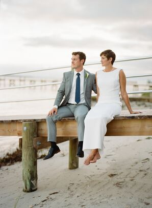 Coastal Couple in Simple Yet Elegant Attire