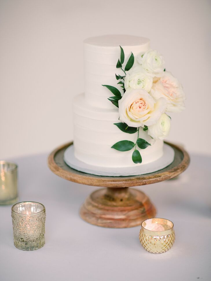 Romantic Two-Tier Wedding Cake on Wood Cake Stand