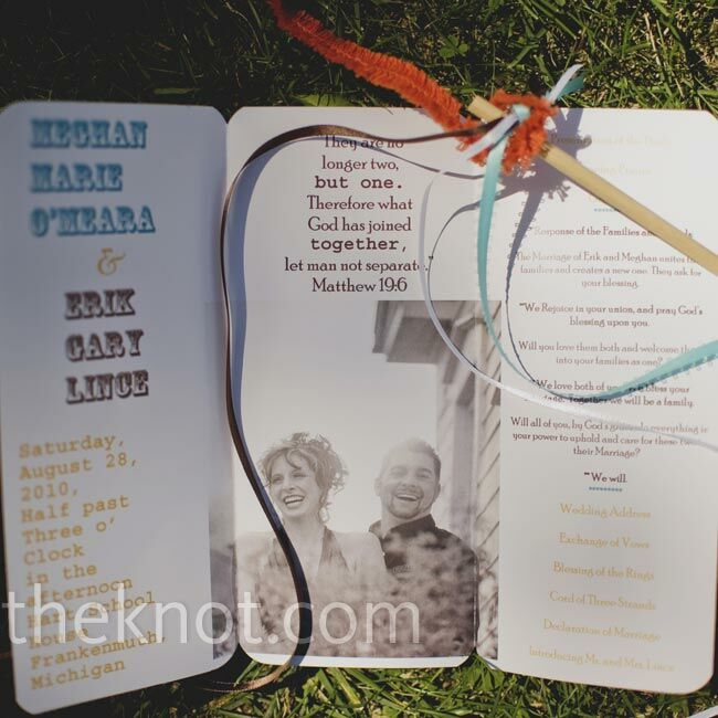 The trifold booklets had ceremony details and a photo from the couple's engagement shoot.