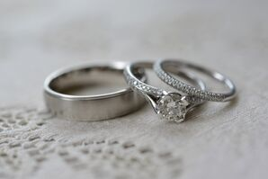 Classic Round Diamond Engagement Ring with Matching Band