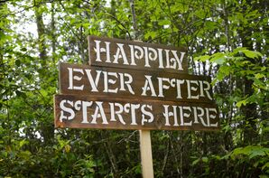 DIY Happily Ever After Wood Wedding Sign