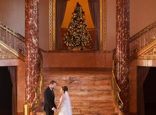 Karen Herbert (31, a physical therapist) and Kirk Rowe (32, self-employed) met online and began date around the holiday season of that year. A while a