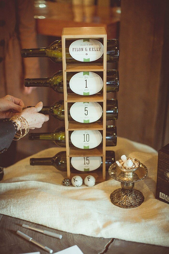 Guests wrote messages in a bottle for the bride and groom, giving them advice for one, five, 10 and 15 years of marriage.
