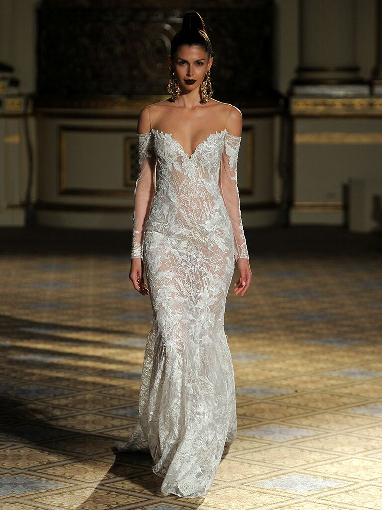 Berta Spring/Summer 2018 Collection: Bridal Fashion Week Photos
