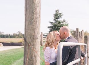 Kim Astley (35, a Marketer for the Canadian Olympic Team) and Andrew Imrie (37, a CPA with Cineplex) held their wedding at Cambium Farms, in a beautif