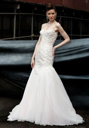 Ysa Makino KYM23 Ball Gown Wedding Dress