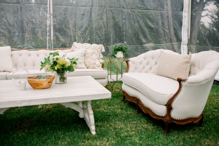 Vintage-Inspired Ivory Lounge Furniture