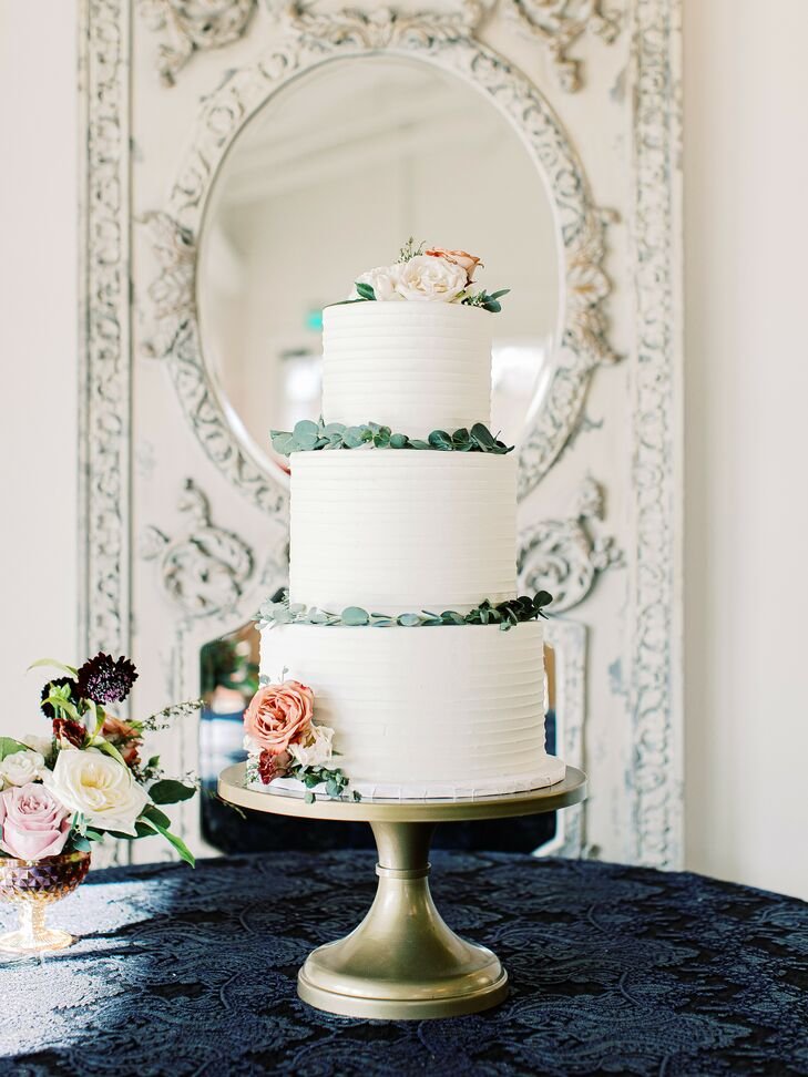 Simple White Cake at North Carolina Wedding at The Merrimon-Wynne House