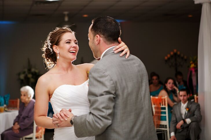 First Dance at Caribbean Themed Wedding