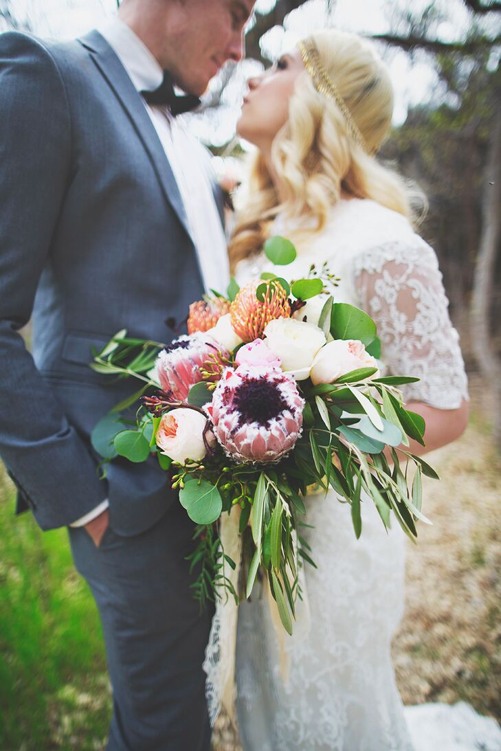 Cassandra Farley Photography and a team of talented wedding professionals draws on vintage-inspired brass accents, fresh arrangements of full blooms a