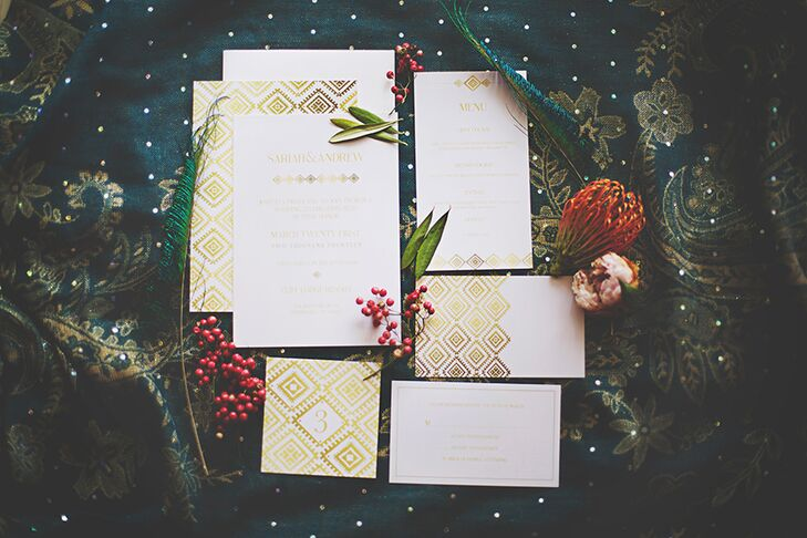 To set the tone for the glam, bohemian affair, the stationery featured gold lettering and a graphic diamond-shaped print.