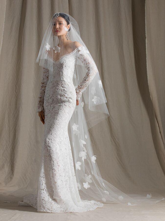Naeem Khan off-the-shoulder lace trumpet wedding dress