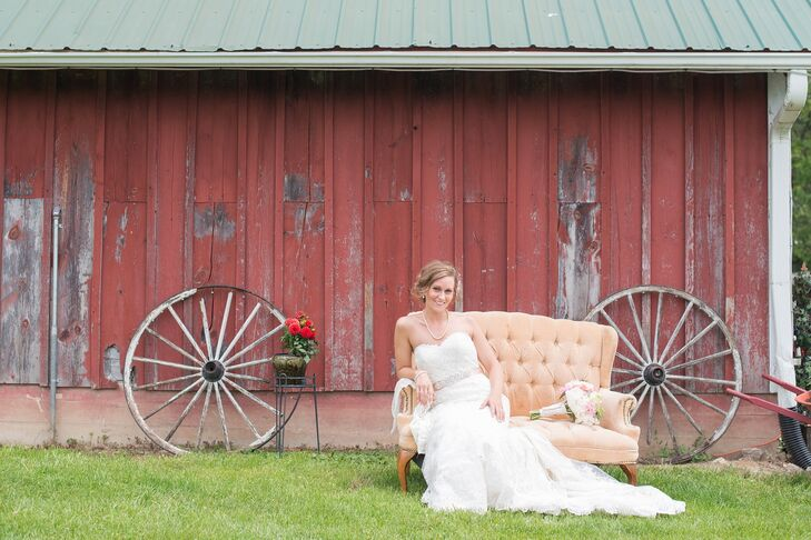 Jennifer and Jeremy married on the Miller family farm, an 18-acre property in Iowa where Jennifer was raised.