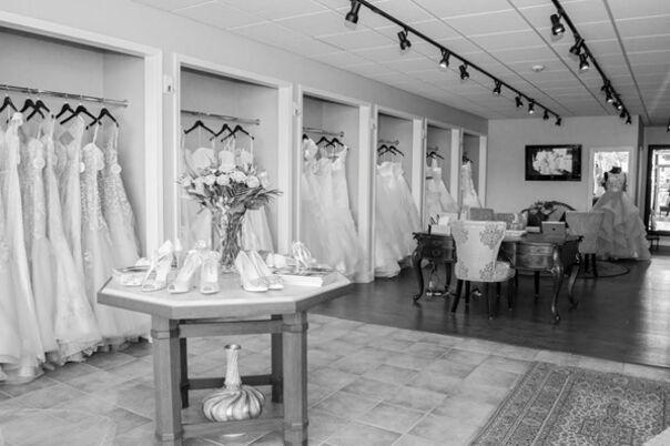 Bridal Salons In Royal Oak, MI