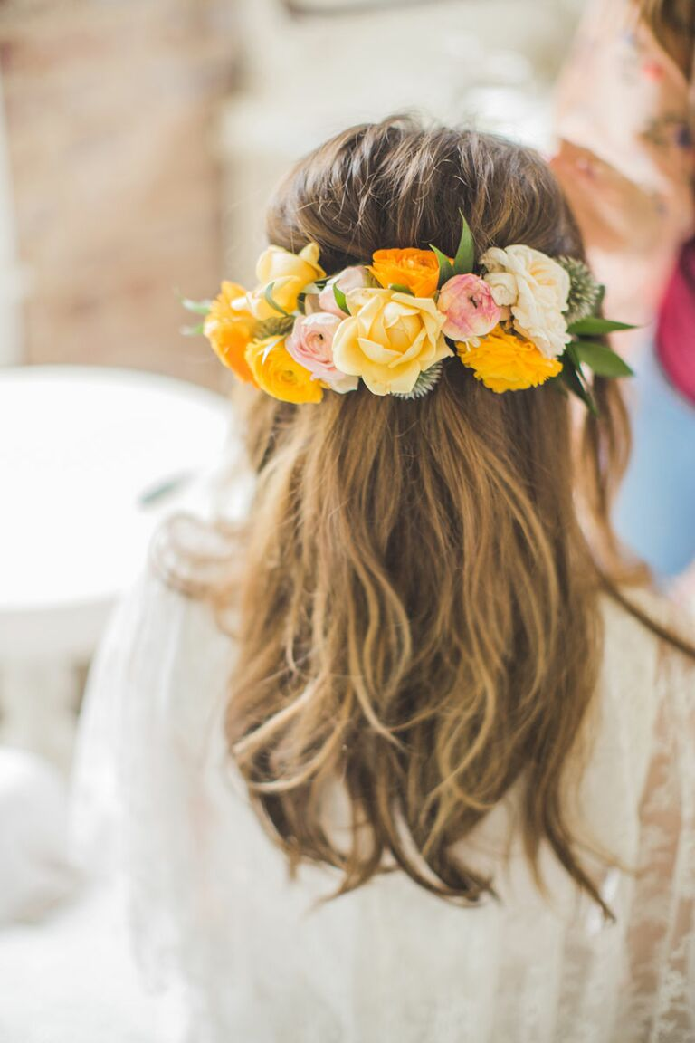 Flower crown wedding hairstyles for brides and flower girls flower crown ideas mightylinksfo