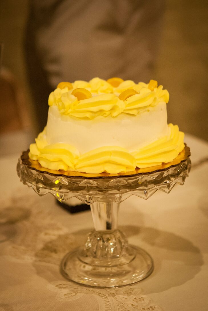 """""""We had a cake at our sweetheart table for just the two of us, because Scott's food has to be gluten-free,"""" Laura says. """"It was a lemon layered cake."""""""